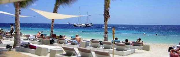 Curacao-Jan-Thiel-Strand